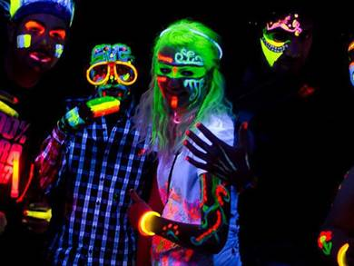 Torna il FLUO PARTY ad Acquaworld!